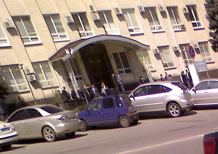Акция протеста 23 апреля 2010 года. Рэкет. Рейдерство..